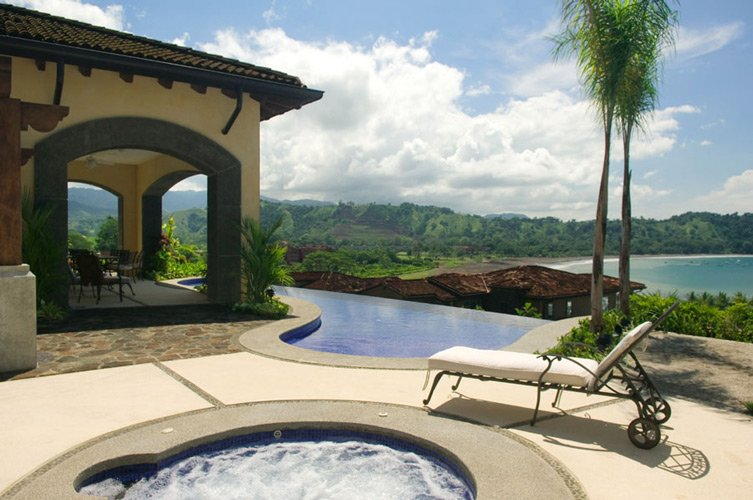 Where to stay in costa rica for Luxury vacation costa rica