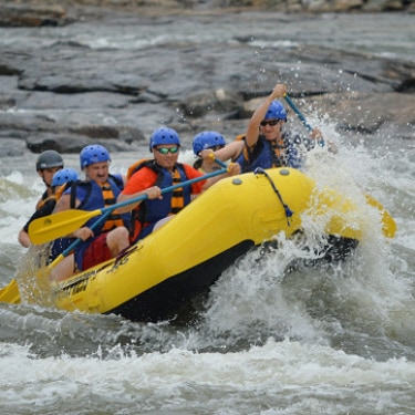 group river rafting in Costa Rica
