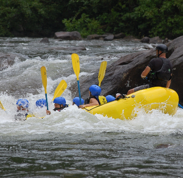 river rafting trip in Costa Rica