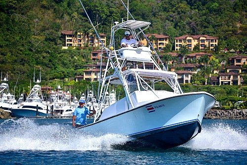 28-foot Charter Boat out of Los Suenos Marina