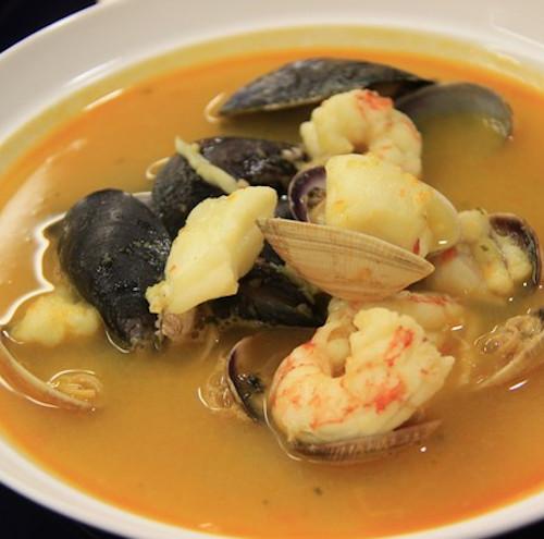 sopa de pescado in costa rica